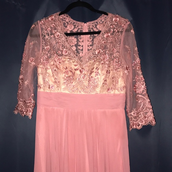 Dresses & Skirts - Rose Dusty Pink Dress /Prom